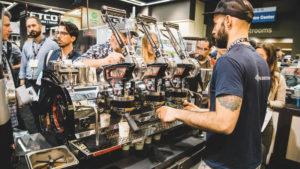 prepara-tu-cafe-en-las-maquinas-de-espresso-fabricadas-a-mano-con-la-mas-alta-calidad-mundial-1