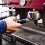 mantenimiento-de-cafeteras-expresso-clave-para-su-vida-util