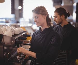 reparacion-maquinas-de-cafe-vale-la-pena-pasar-por-una